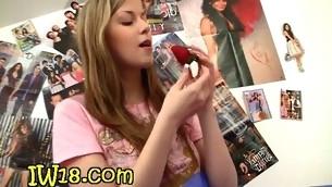tenåring blonde onani leketøy