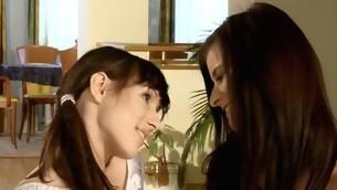 tenåring leketøy lesbisk dildo